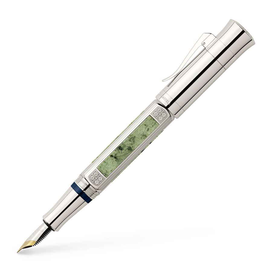 Graf-von-Faber-Castell - Fountain pen Pen of the Year 2015, Extra Broad